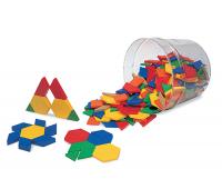 [Geometrické tvary z plastu - hrúbka 0,5 cm]