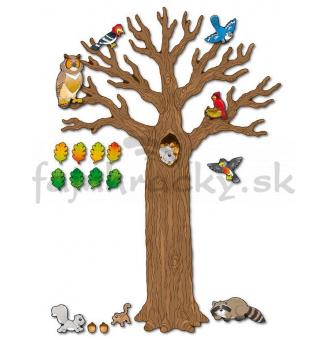 Veľký strom so zvieratkami